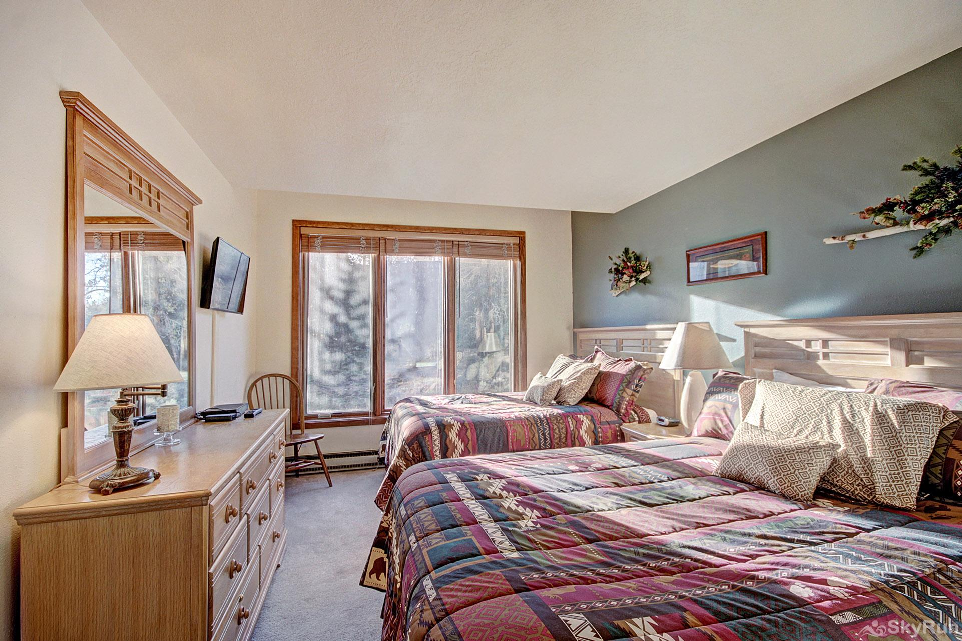 2019 Lodgepole Guest Bedroom