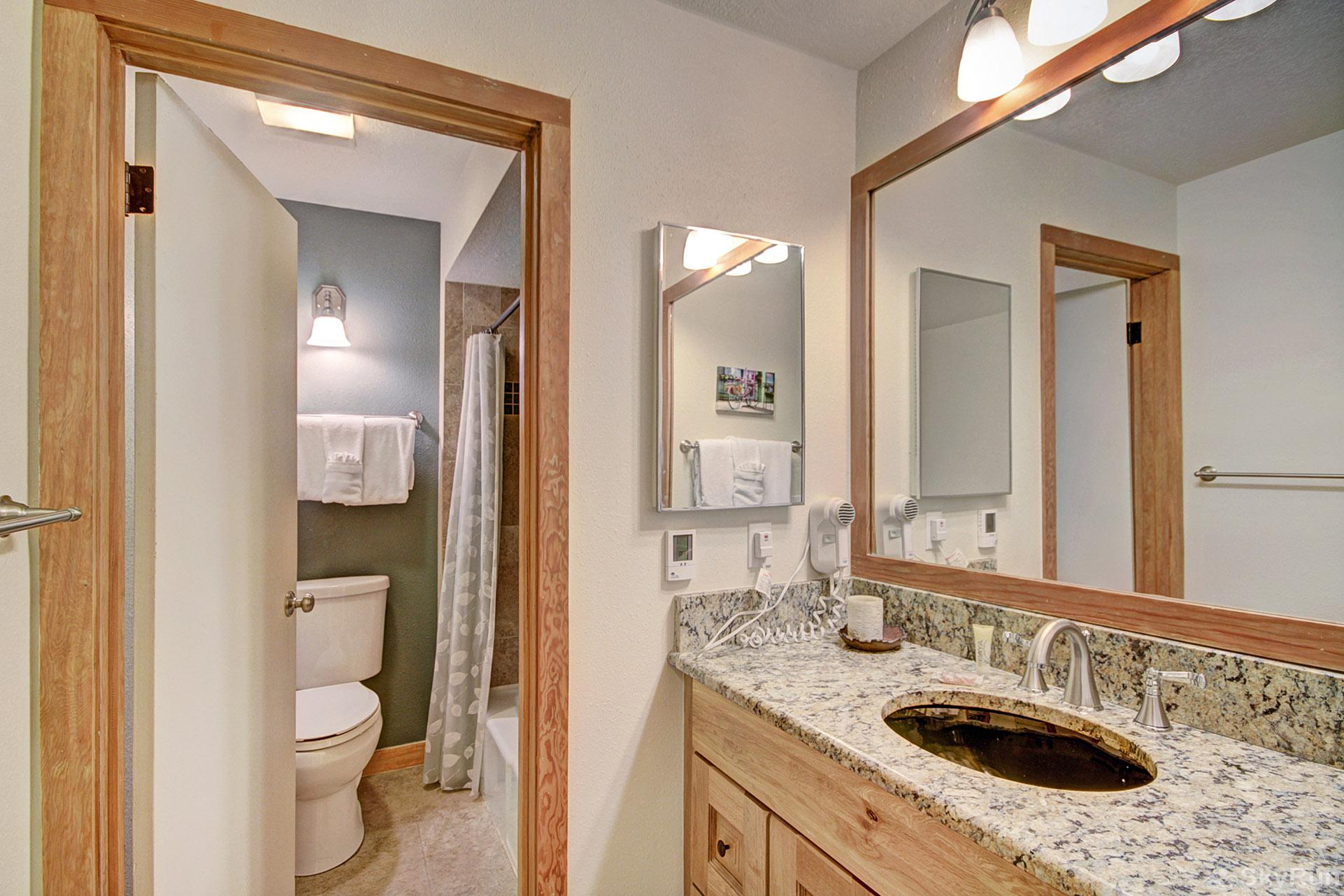 2019 Lodgepole Hall Bathroom