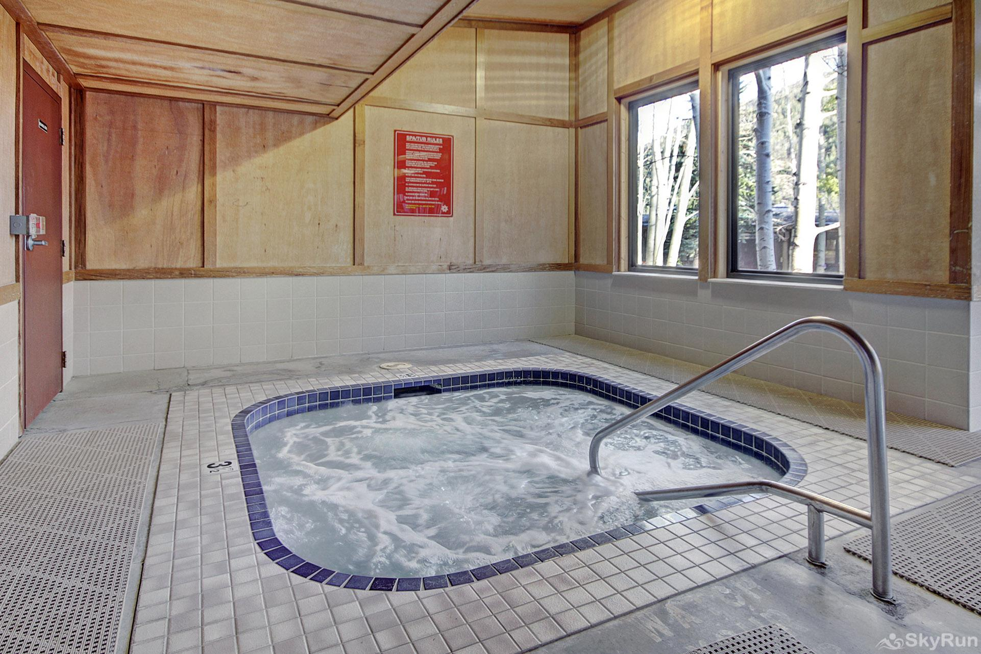2019 Lodgepole Communal Hot Tub