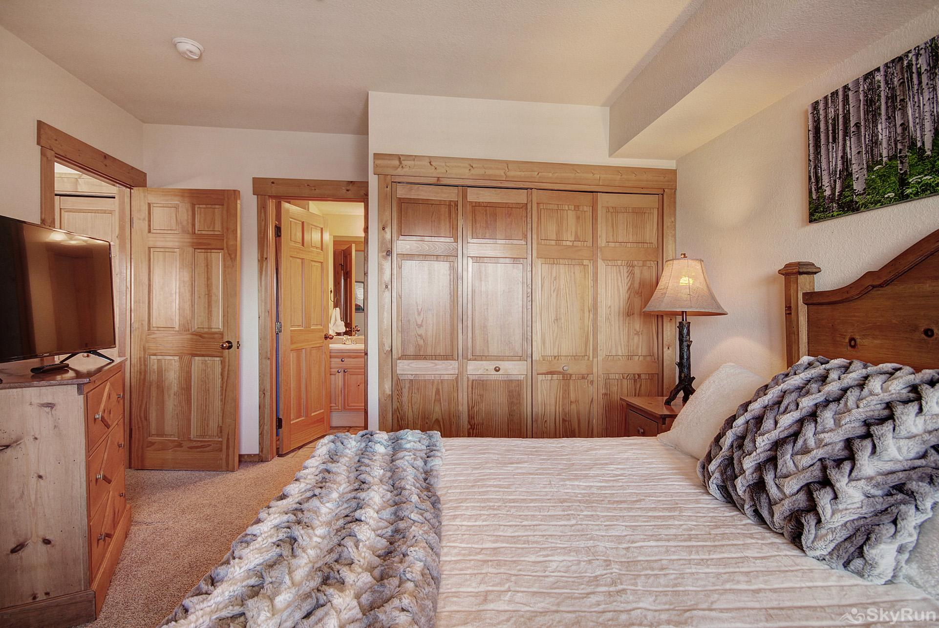 Oversized 3 Bedroom 3 Bath Keystone Co Skyrun