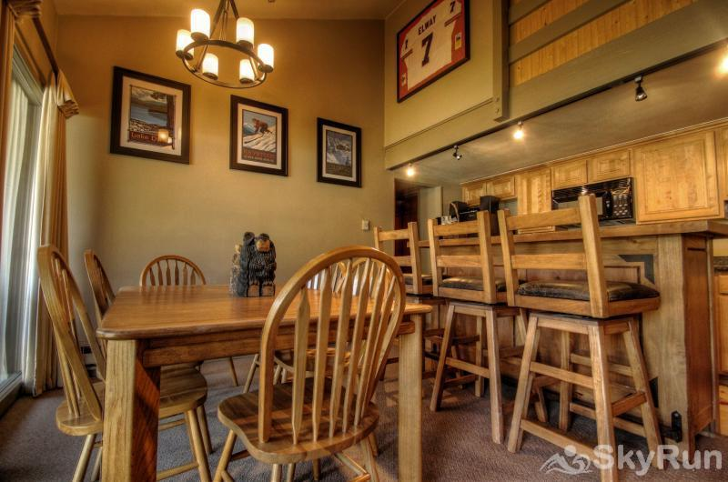 1026 Wild Irishman Dining Area