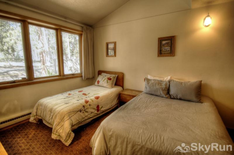 2070 The Pines 3rd bedroom