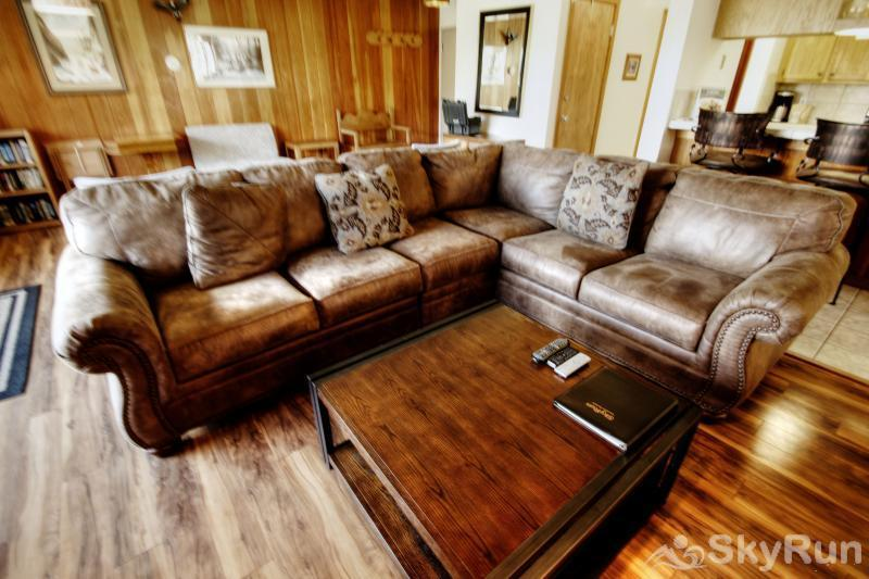 2070 The Pines Living Room