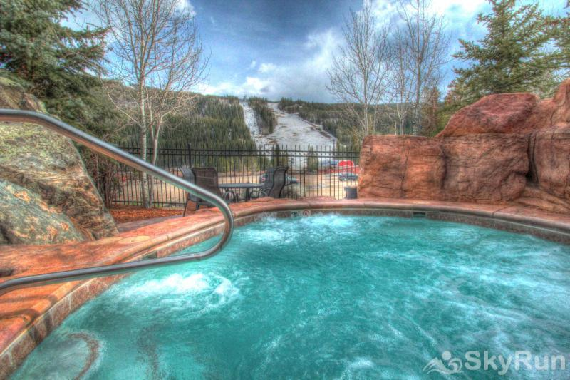 8912 The Springs Adults Only Hot Tub