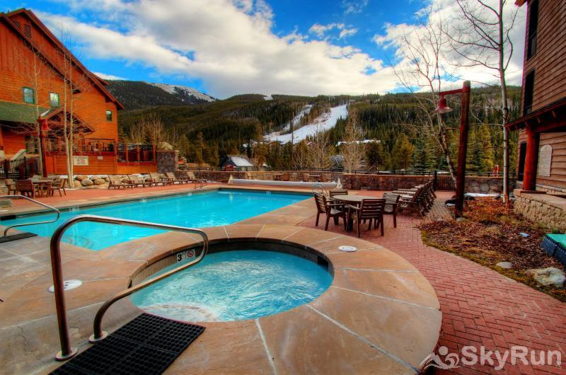 47 River Run Townhomes Dakota Lodge Hot Tub