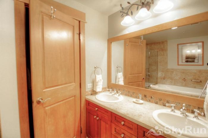 3003 Lone Eagle Master Bathroom