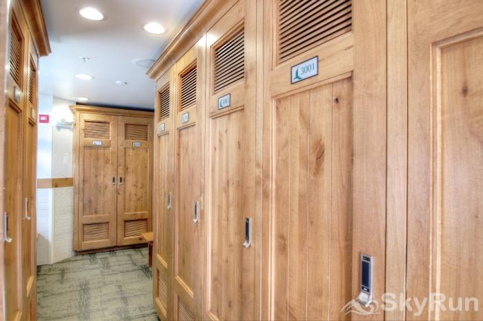 3003 Lone Eagle Ski Lockers
