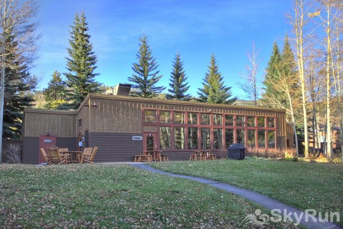 2019 Lodgepole Exterior of Poolhouse