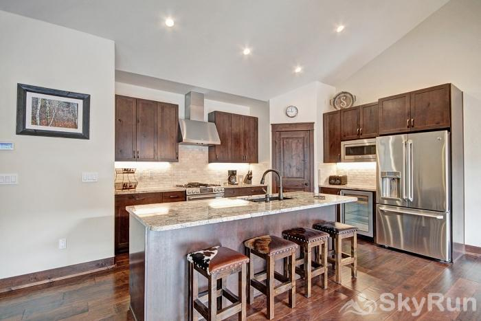 47 River Run Townhomes Breakfast Bar
