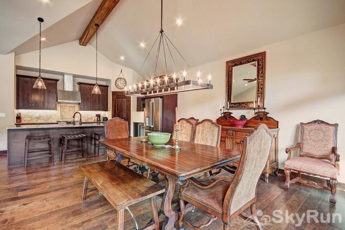 39 River Run Townhomes Dining Room