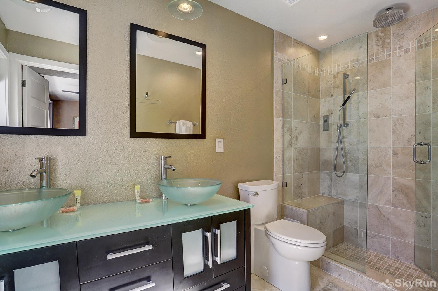 2061 The Pines Master Bathroom